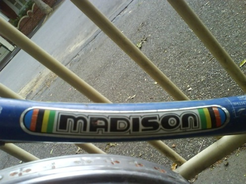 Decal Blue Madison detail